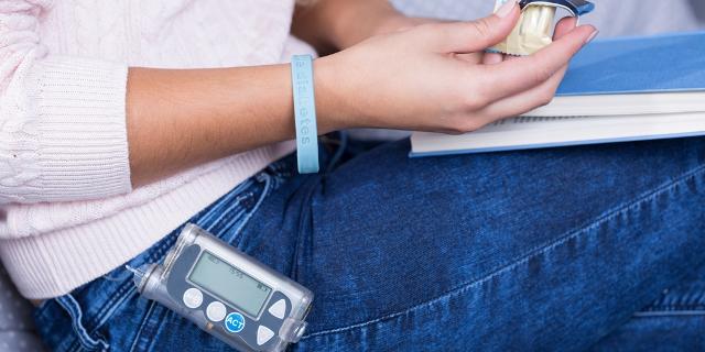 programación de la bomba de insulina para diabetes tipo 1